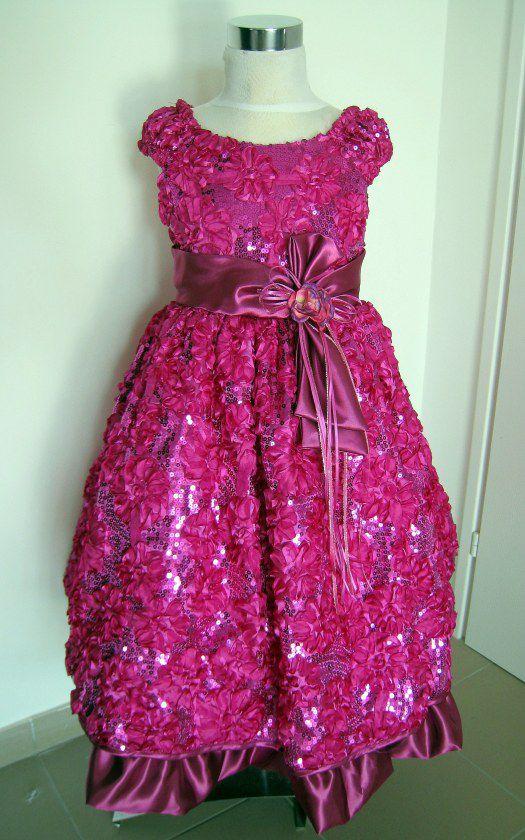 KO 127 19980.-Ft : fuxia - ciklámen -erős rózsaszín koszrúslány ruha 4 rétegű alsó szoknyával