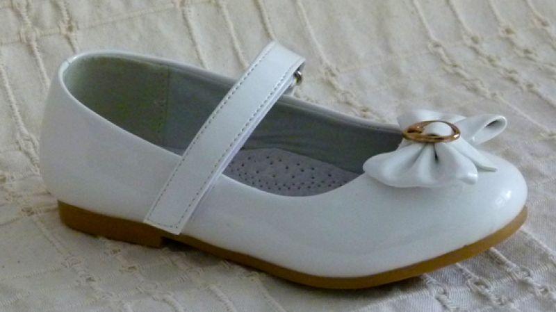Koszorúslány cipő 17