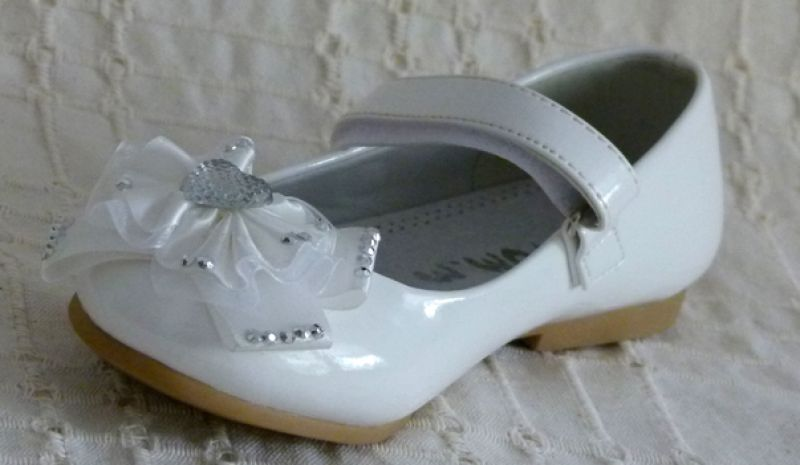 Koszorúslány cipő 18