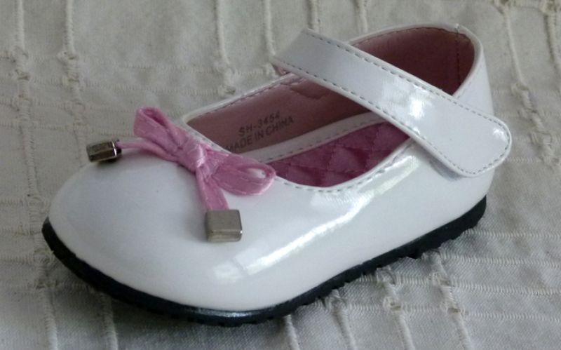 Koszorúslány cipő 19