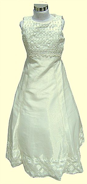 Koszorúslány ruha KO 032
