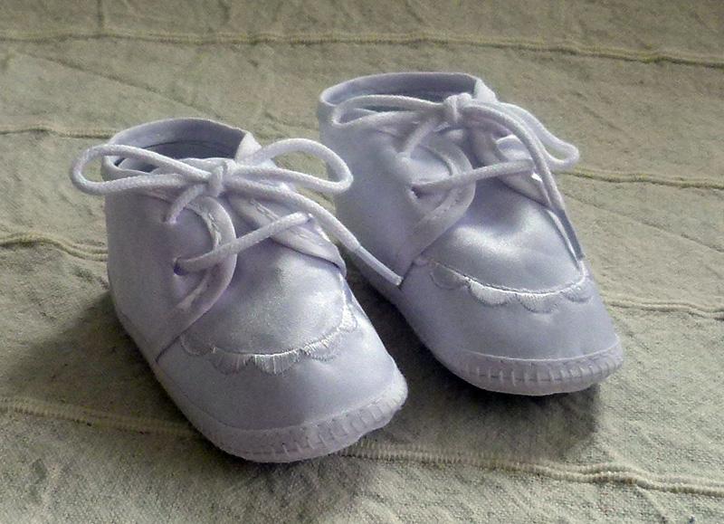 Keresztelő cipő fiú 006 3800.-Ft