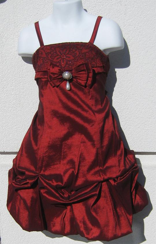 Koszorúslány ruha KO 105