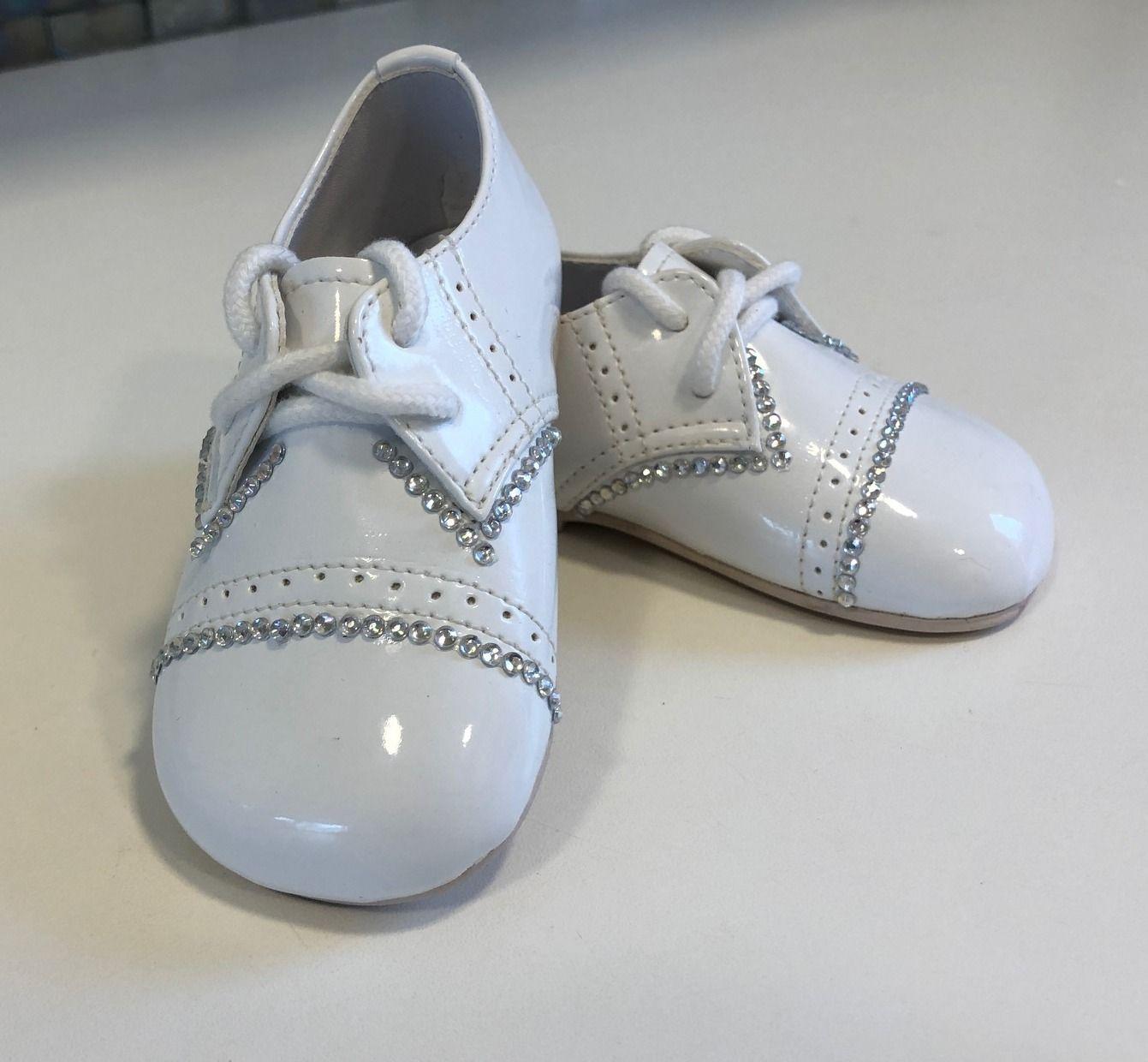 Keresztelő cipő115 8980-Ft.