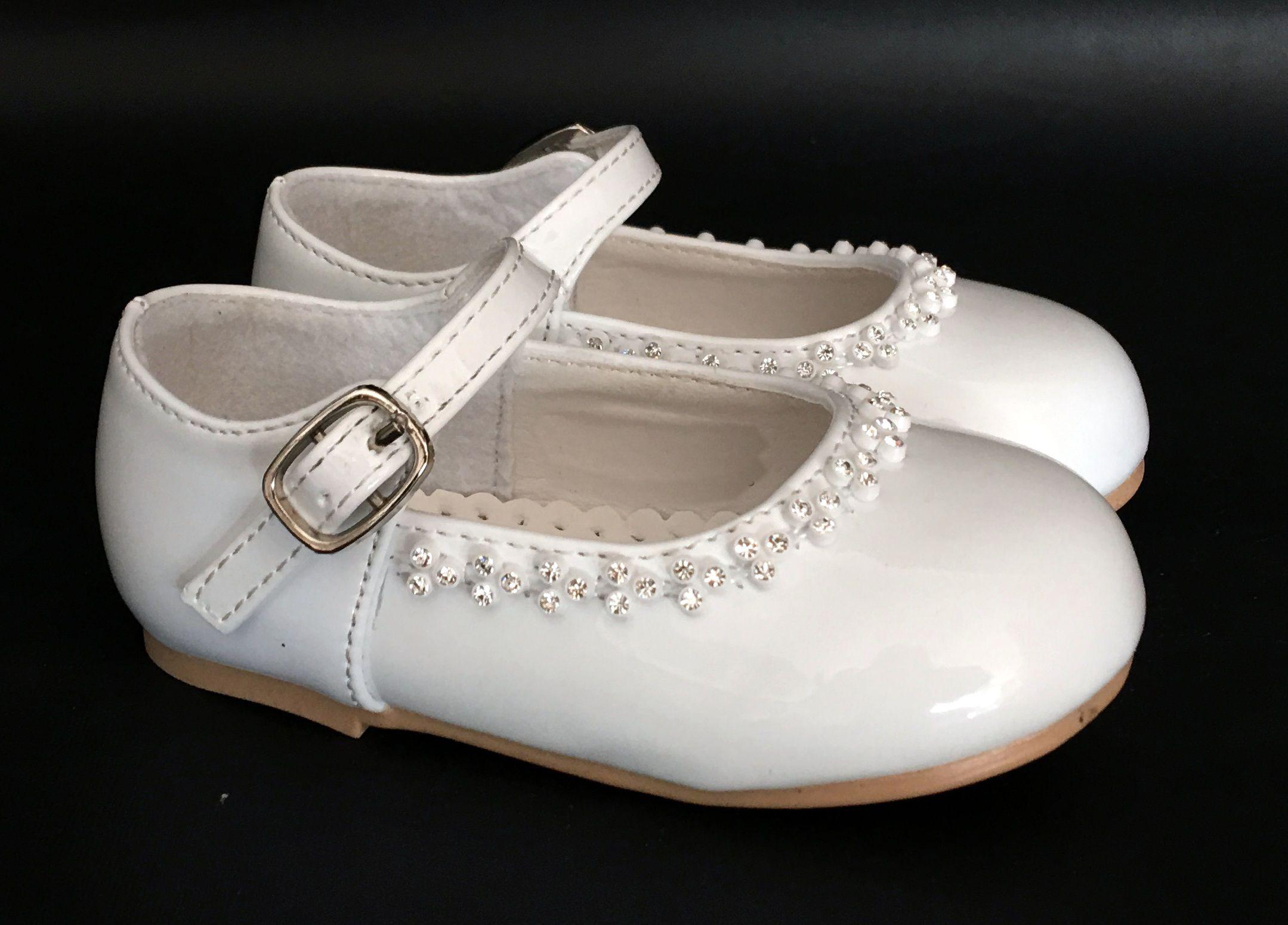 Kislány keresztelő cipőcske 8900.-Ft