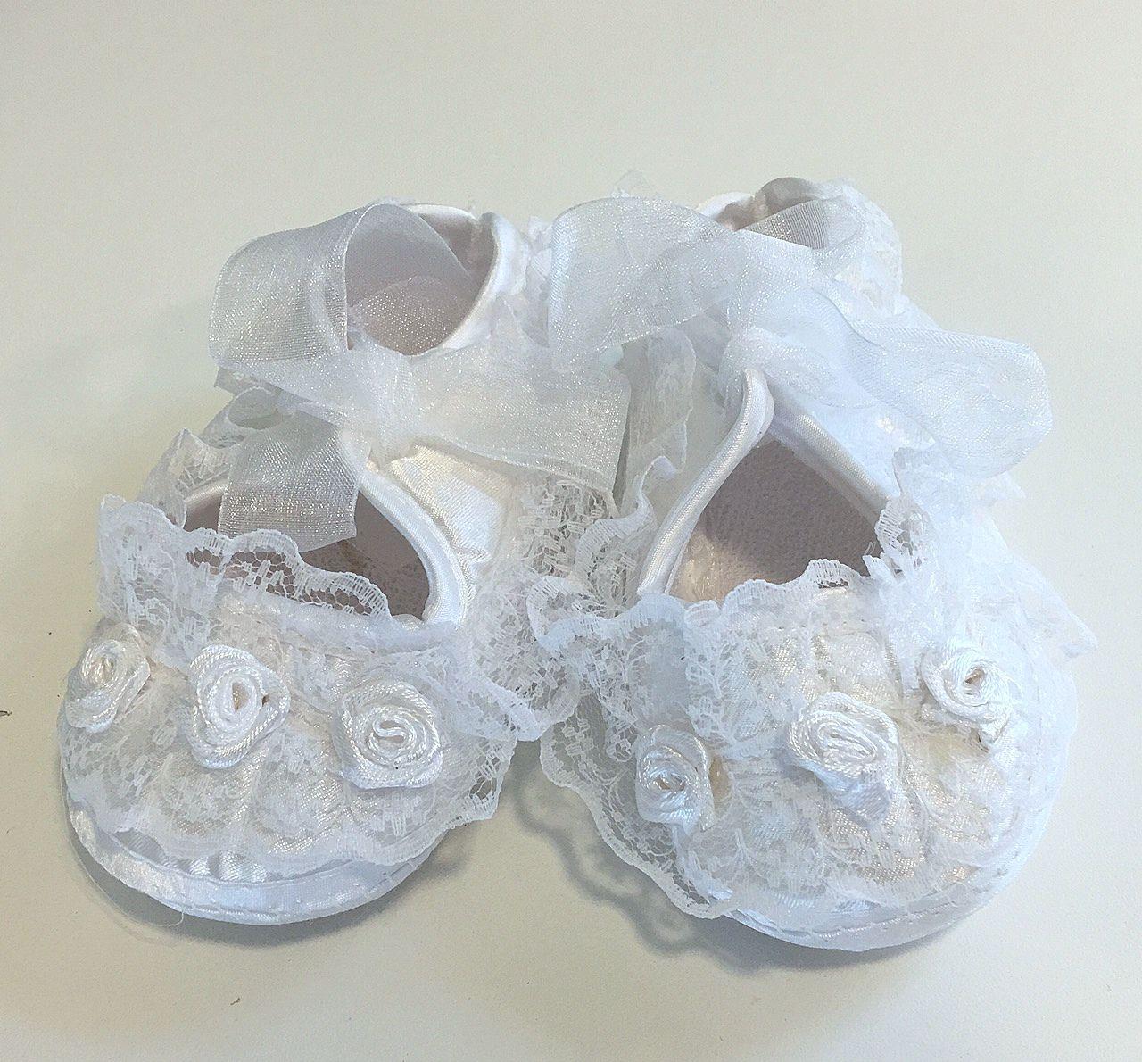Cipő 01 5200.-Ft : keresztelő cipő gyönyörű csipkével