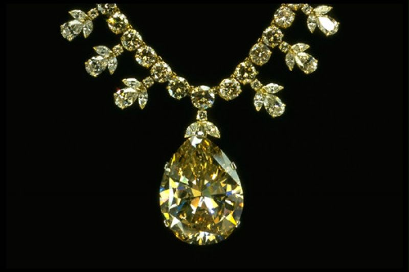 Nyakék - Diamond Victora