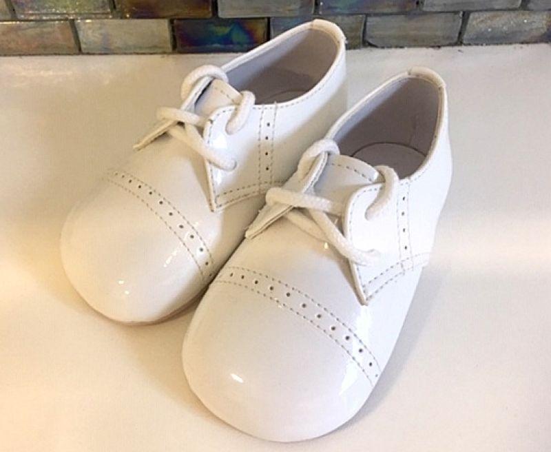 lakk keresztelő cipő :